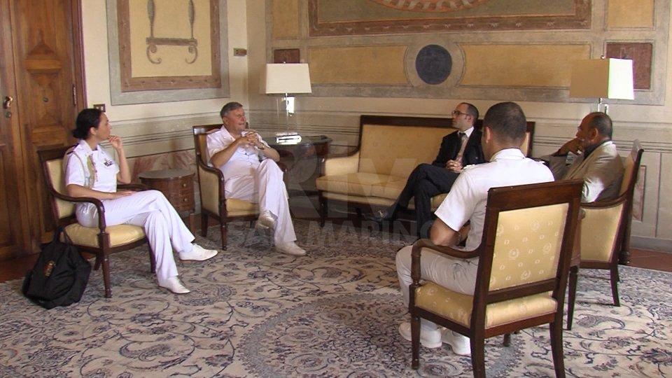 Incontro tra l'Ammiraglio della Marina Marzano e il Segretario Renzi: al centro il Mediterraneo e le missioni Onu