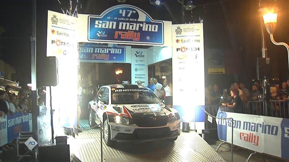 Bagno di folla per la presentazione del 47' Rally San MarinoPresentazione del 47' Rally San Marino