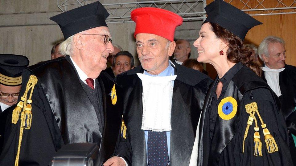 Nella foto: Andrea Camilleri, Stefano Pivato e Monica Guerritore