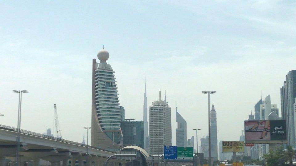 """Cina-Emirati: """"100 anni di prosperità"""""""