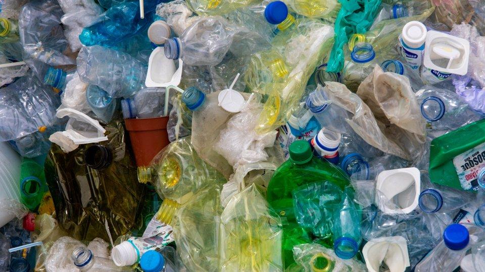 Plastica monouso. Foto @pexels.com