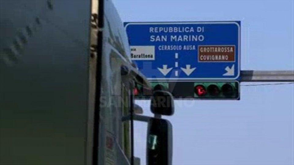 Consolare Rimini-San Marino, per le infrazioni al semaforo già attivo il nuovo rilevatore automatico
