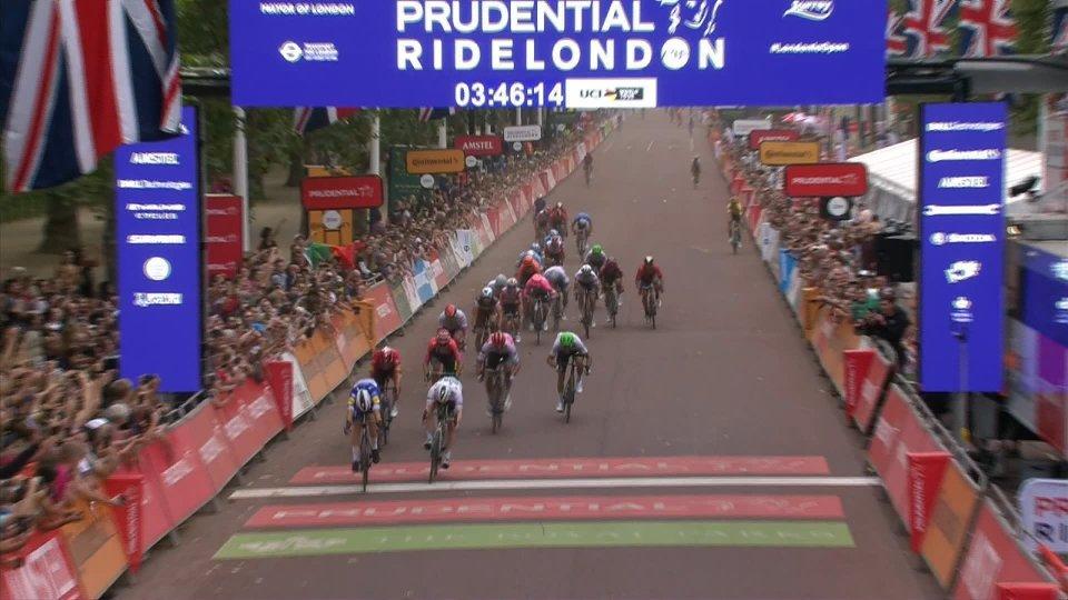 Ciclismo: a Londra Elia Viviani conquista il 75 successo della sua carriera