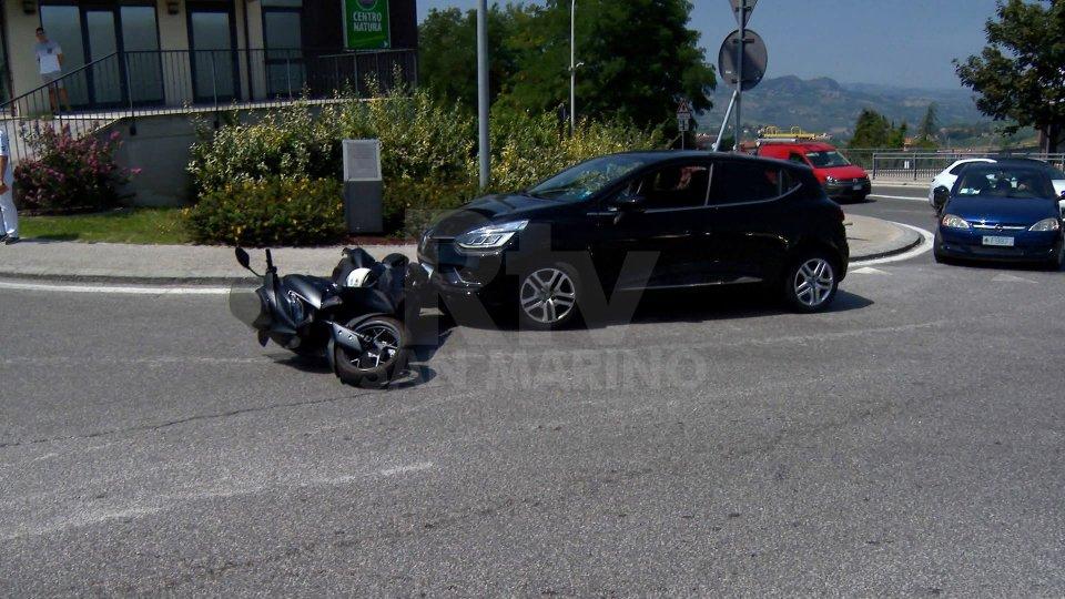 Incidente in Borgo: auto contro scooterone