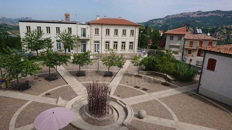 Piazza Salvatore Conti, Chiesanuova