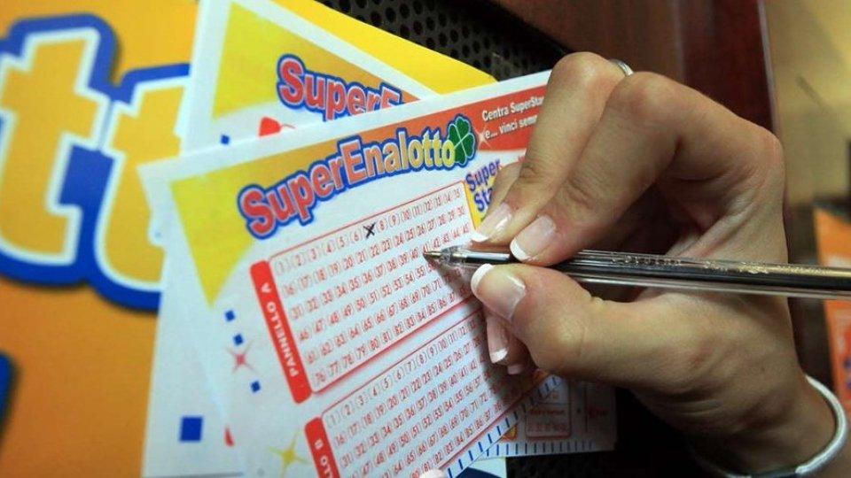 Superenalotto: oltre 209 milioni vinti a Lodi. È il jackpot più alto della storia