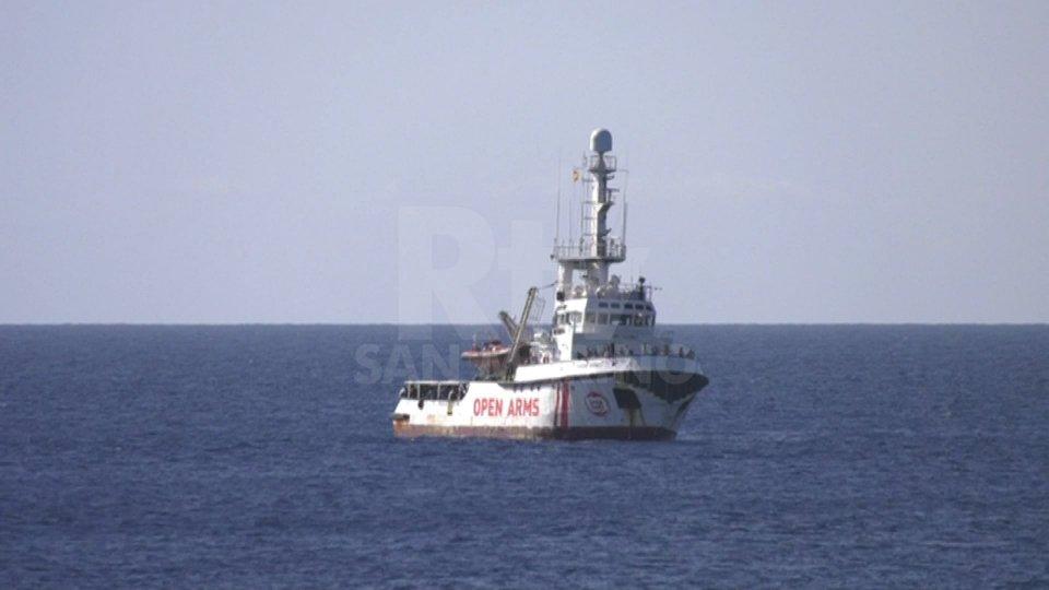 Open Arms al largo di LampedusaOpen Arms: sbarcati nella notte altri 4 migranti