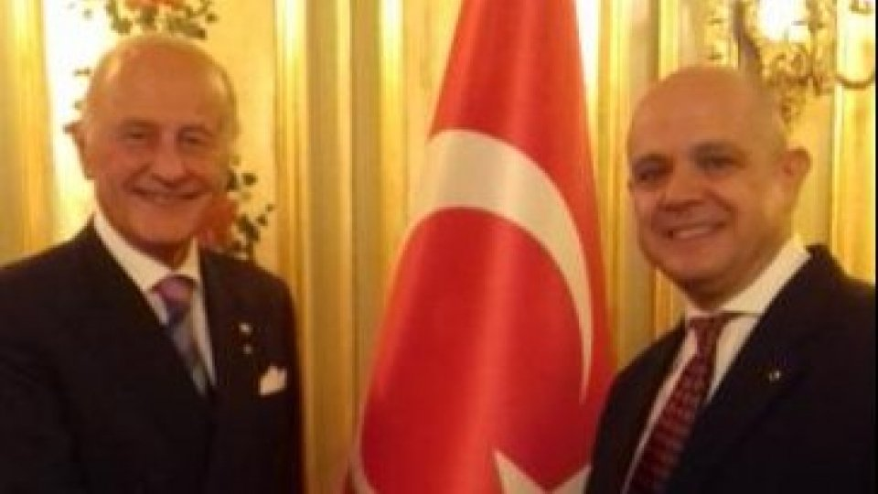 L'ambasciatore Giorgio Girelli e l'ambasciatore Murat  Salim Esenli.