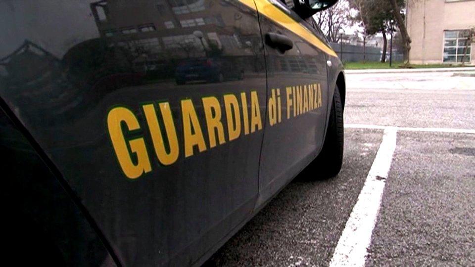 Reati fiscali e fallimentari, Gdf sequestra un albergo a Torre Pedrera