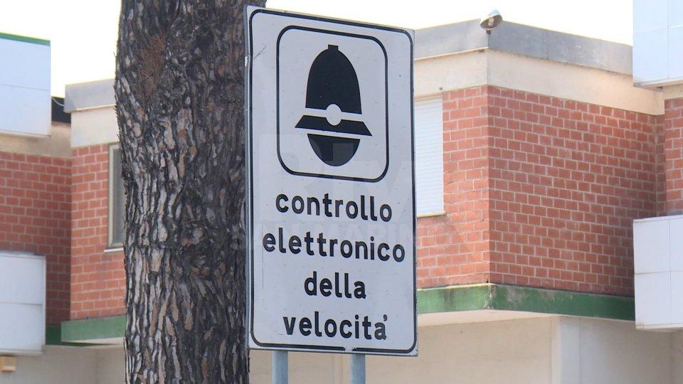"""Picchi di 155 km/h sulla Superstrada, il Comune di Rimini: """"Mettiamo l'autovelox"""""""