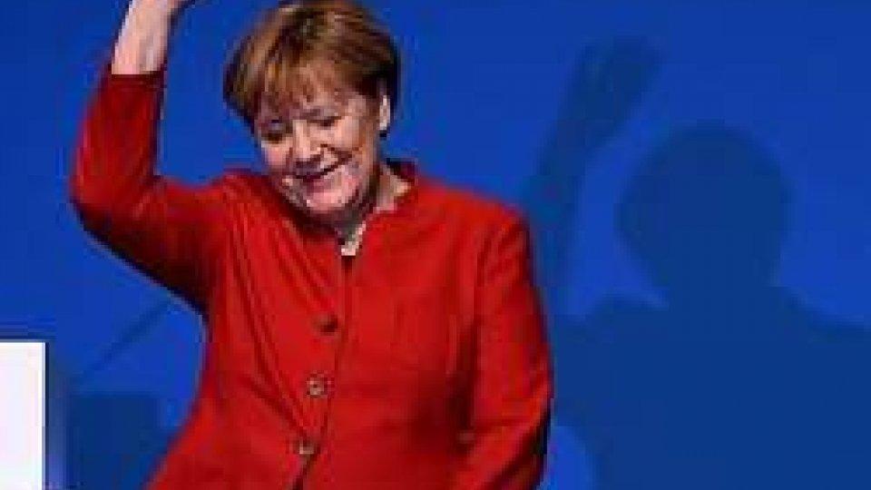 Angela MerkelElezioni Germania: emorragia di consensi per la vincente CDU. Boom di AfD ma Petry lascia
