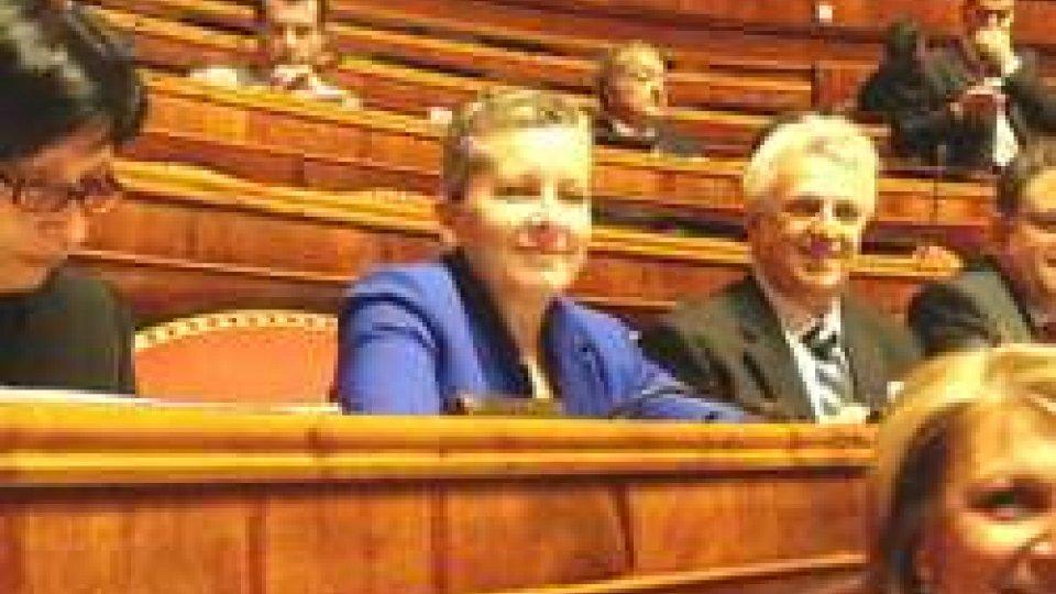 """Al centro Patrizia ManasseroIl decreto vaccini in Senato. La relatrice: """"Dall'inizio dell'anno 3346 casi di morbillo"""""""