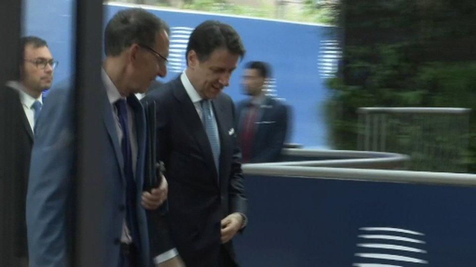 Giuseppe Conte a Bruxelles: penalità per chi non parteciperà alla ripartizione dei migranti