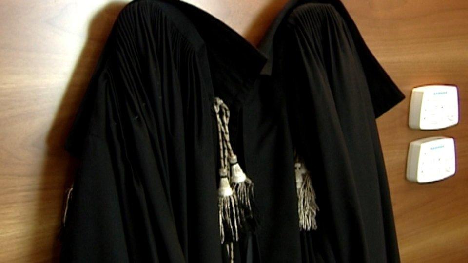Gli avvocati intervengono sul caso Chironi