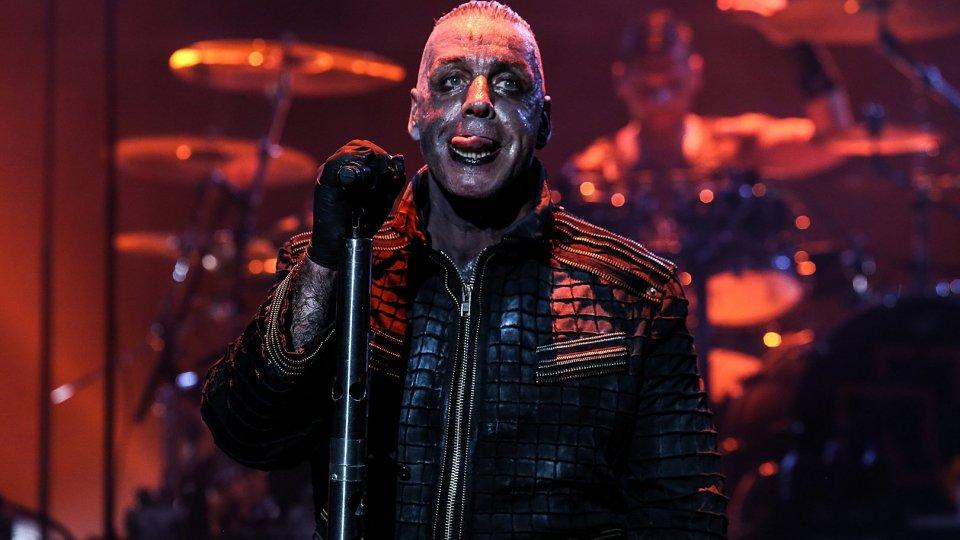Musica Metal a tutto volume nel nuovo stadio di Budapest