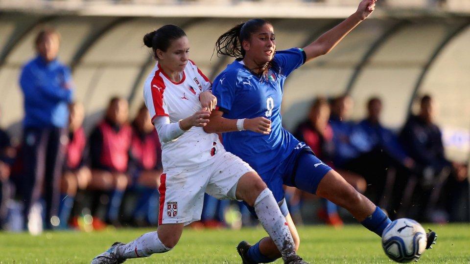 Chiara Beccari in azione contro la Serbia (foto: FIGC)
