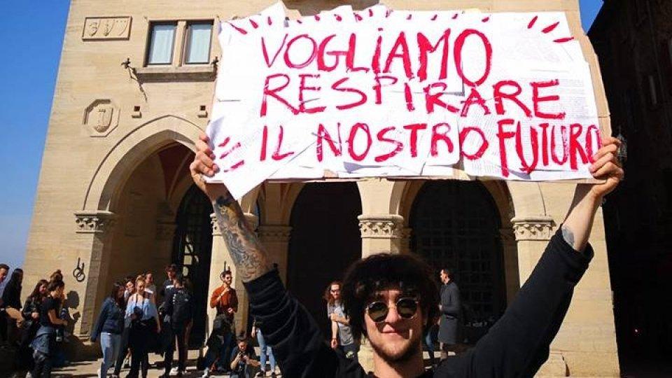 Sciopero clima: la Csu in piazza con gli studenti