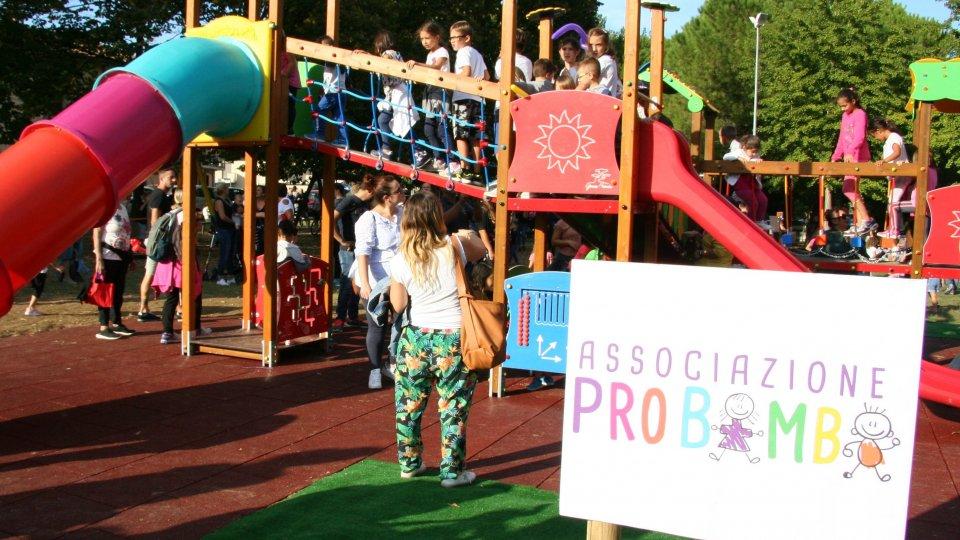 Inaugurata la nuova area giochi donata dall'Associazione Pro Bimbi