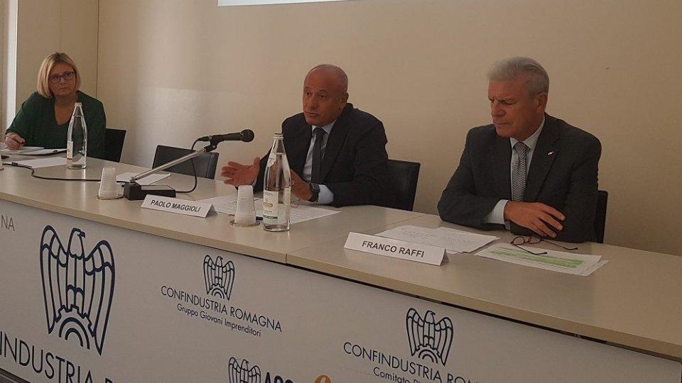 Economia Romagna e Rimini: le aziende del manifatturiero e dei servizi registrano una flessione