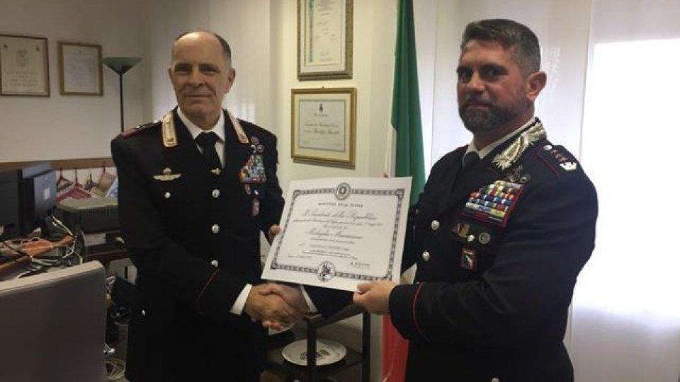 Luogotenente Sergio Conforti insignito della medaglia mauriziana al merito per la carriera