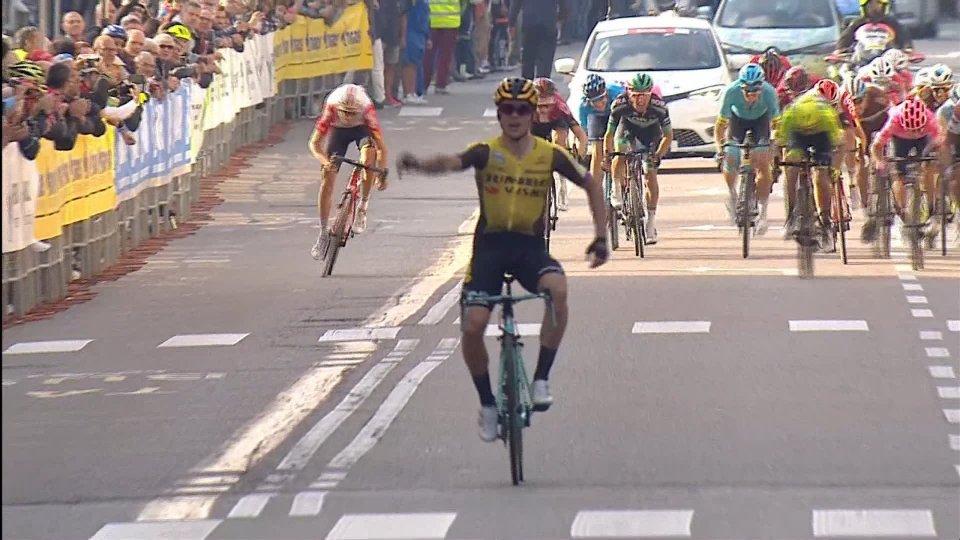 Roglic vince anche la Tre Valli Varesine