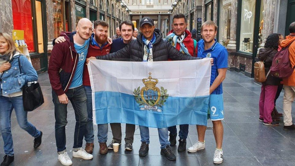 Nella foto tifosi da San Marino e Inghilterra