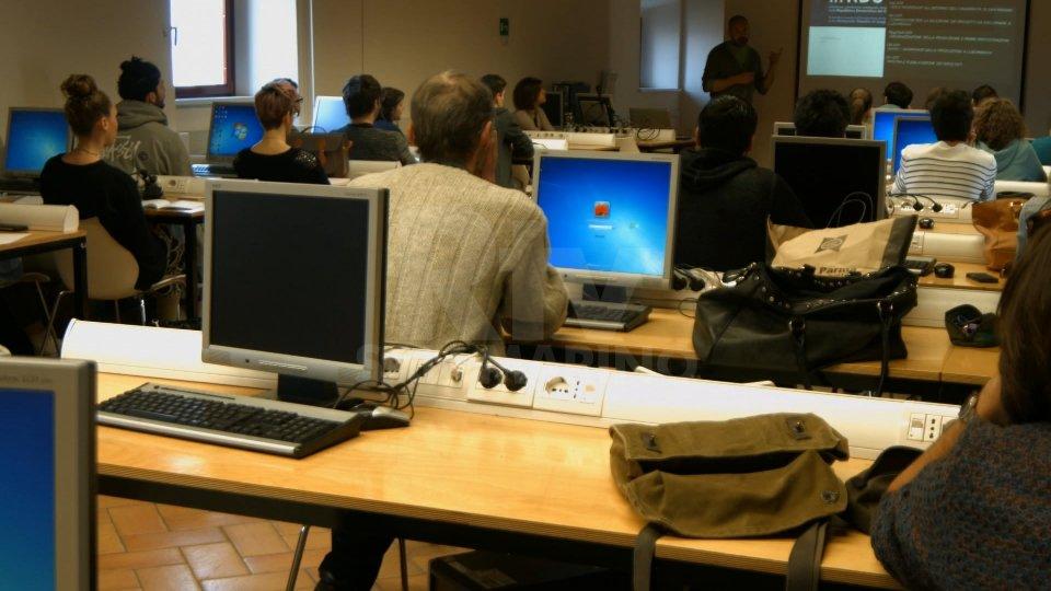 Corso di laurea in Design cerca due figure per curare grafica e organizzazione