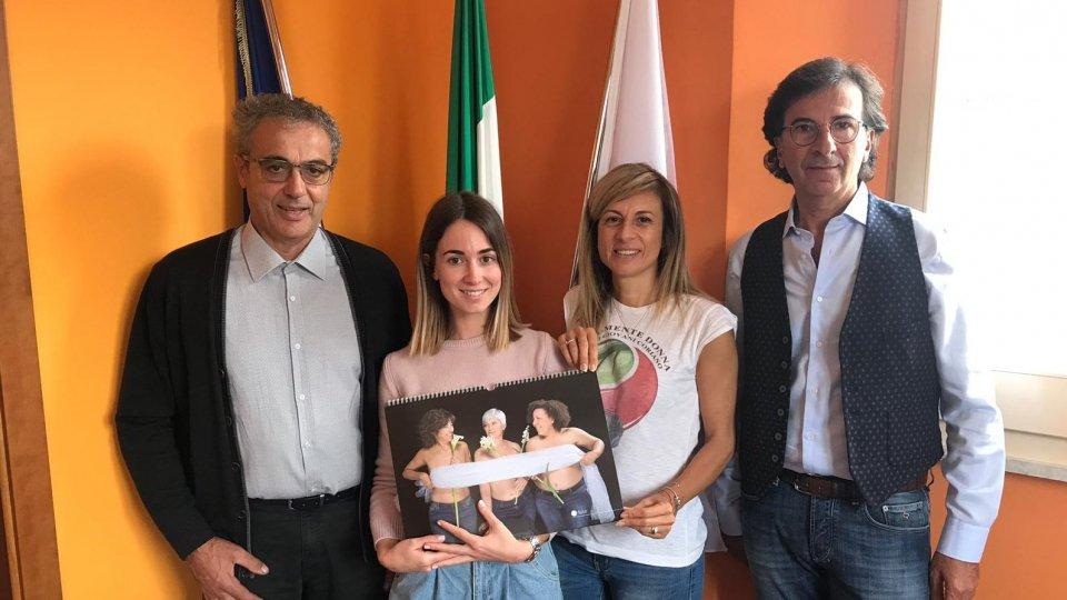 Municipio di Coriano si tinge di viola per stimolare la prevenzione tumore al seno