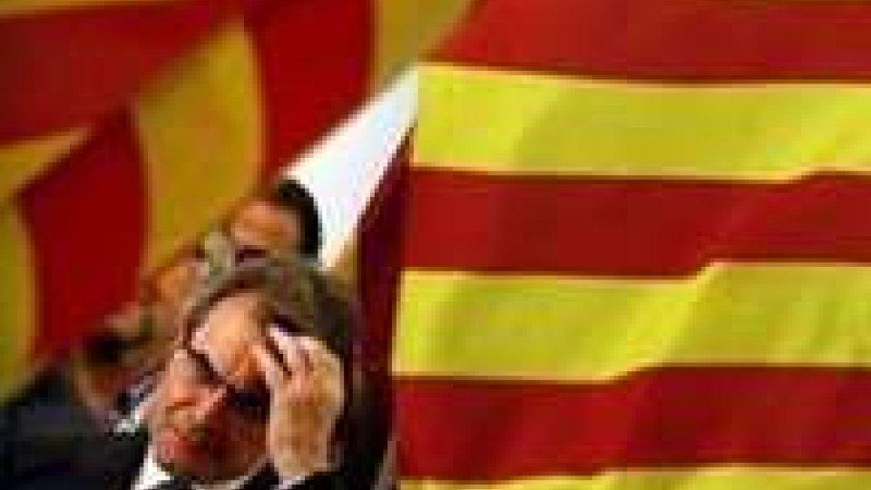 Elezioni Catalogna: vincono indipendentisti