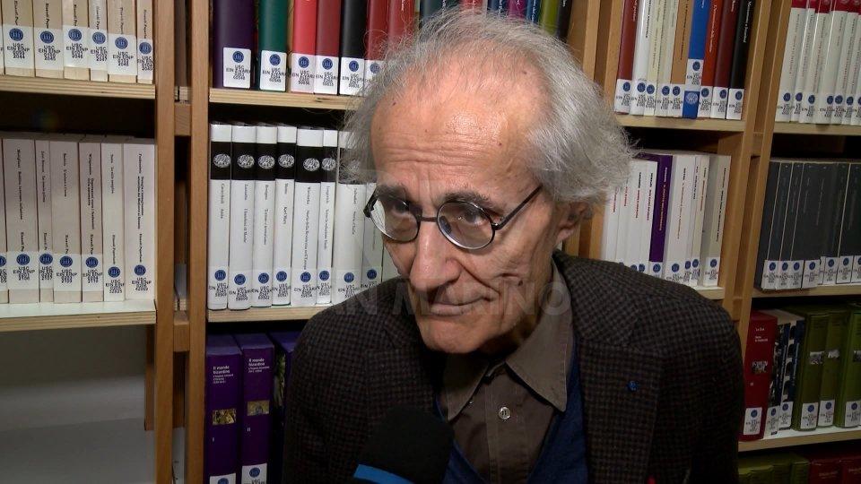 Nel video, l'intervista allo storico Luciano Canfora