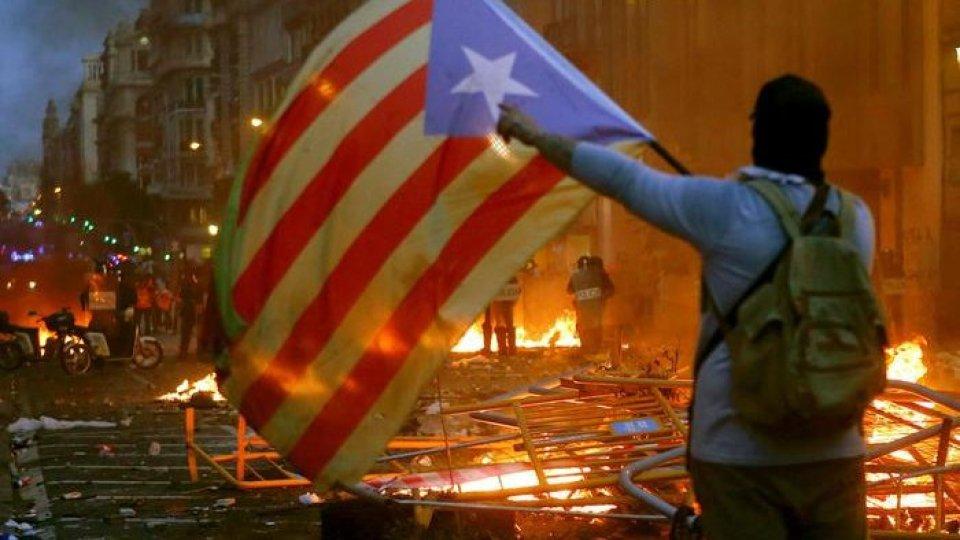 Proteste a Barcellona. Foto Ansa