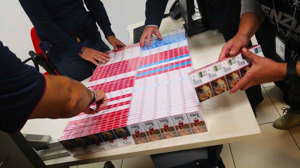 Russo arrestato per contrabbando: tentava di introdurre illecitamente 1467 pacchi di sigarette
