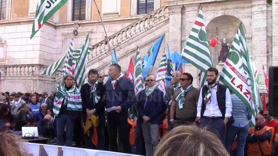 A Roma Scendono In Piazza Tutte Le Societa Partecipate Dal