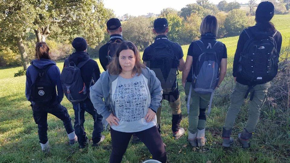 Francesca Verducci e sei attivisti del movimento italiano anti-cacciaAlta tensione a Fiorentino per la protesta anti-caccia: oggi c'erano anche sei attivisti italiani