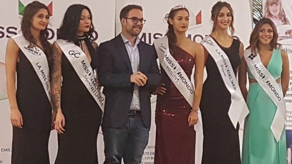 Cinque ragazze passano alle Finali Regionali di Miss Mondo Italia