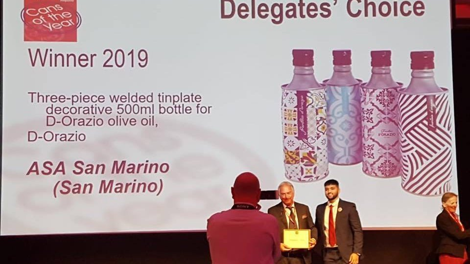 La bottiglia Colombo di Gruppo ASA brandizzata D'Orazio vince due ori al CanMaker Summit