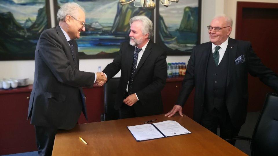 Memorandum of understanding tra l'Università degli Studi della Repubblica di San Marino e l'Università della città di Würzburg