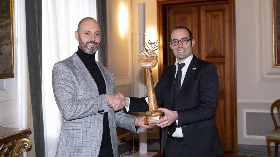 Gli Affari Esteri consegnano il Premio Palma d'Oro Assisi Pax agli Istituti Culturali