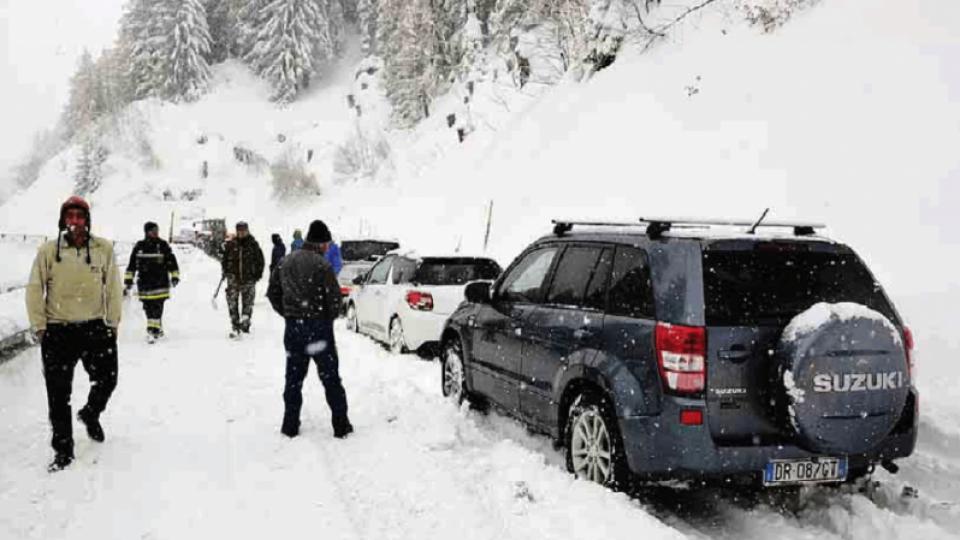 Il maltempo non allenta la morsa sul Trentino, alto rischio valanghe in alta montagna