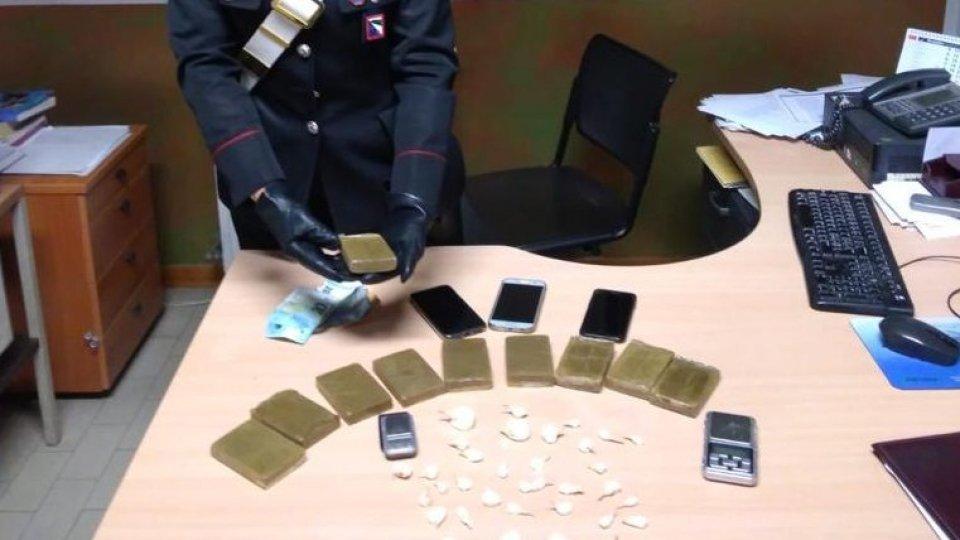 Spaccio di droga, tre ragazzi arrestati in riviera romagnola