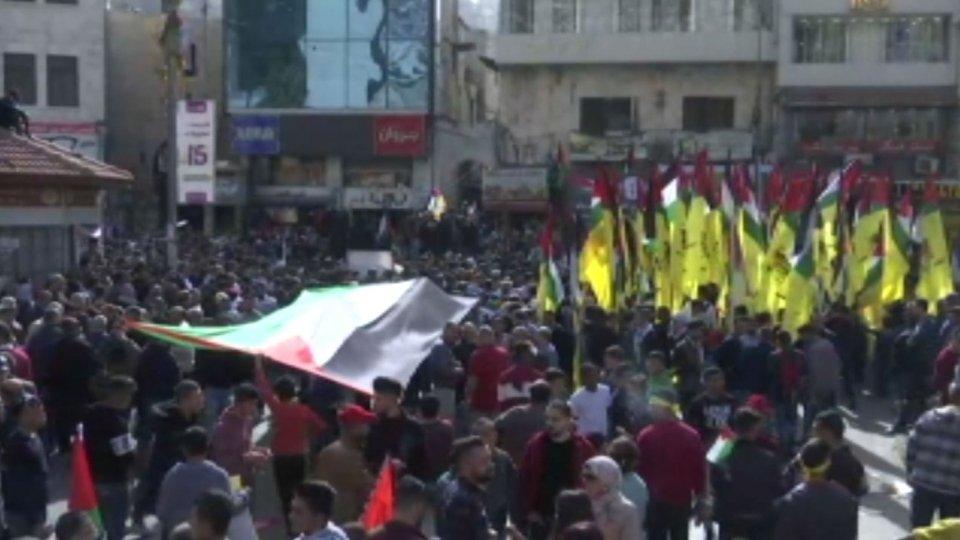Nella 'Giornata della rabbia' palestinese la manifestazione in appoggio a Netanyahu