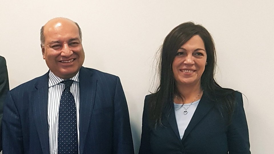 Suma Chakrabarti e Eva Guidi