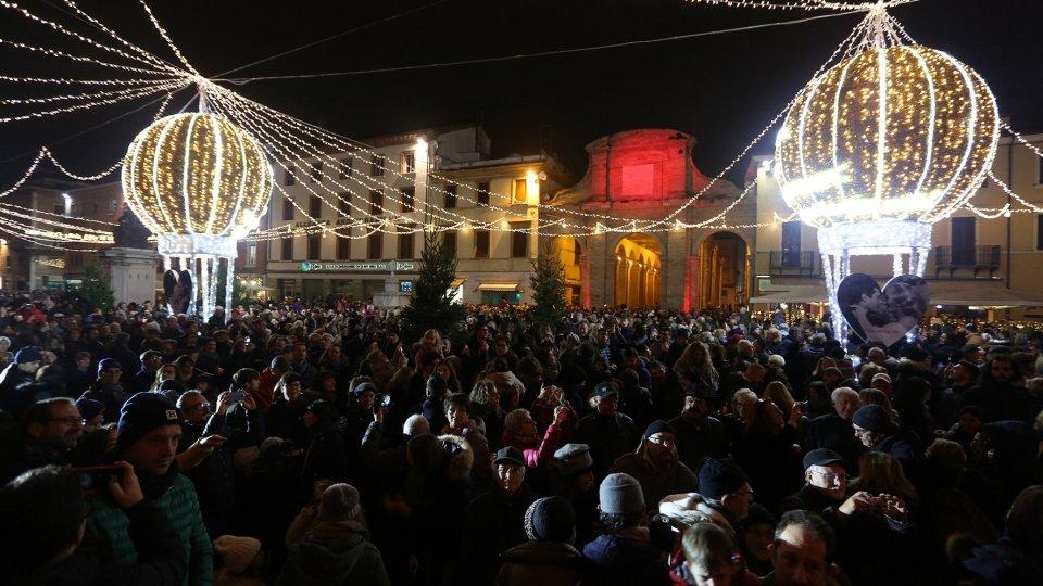 Il Natale s'accende e illumina il cuore di Rimini