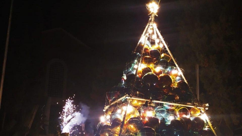 """""""Cantiere Aperto"""" il nuovo albero di Natale di Coriano"""
