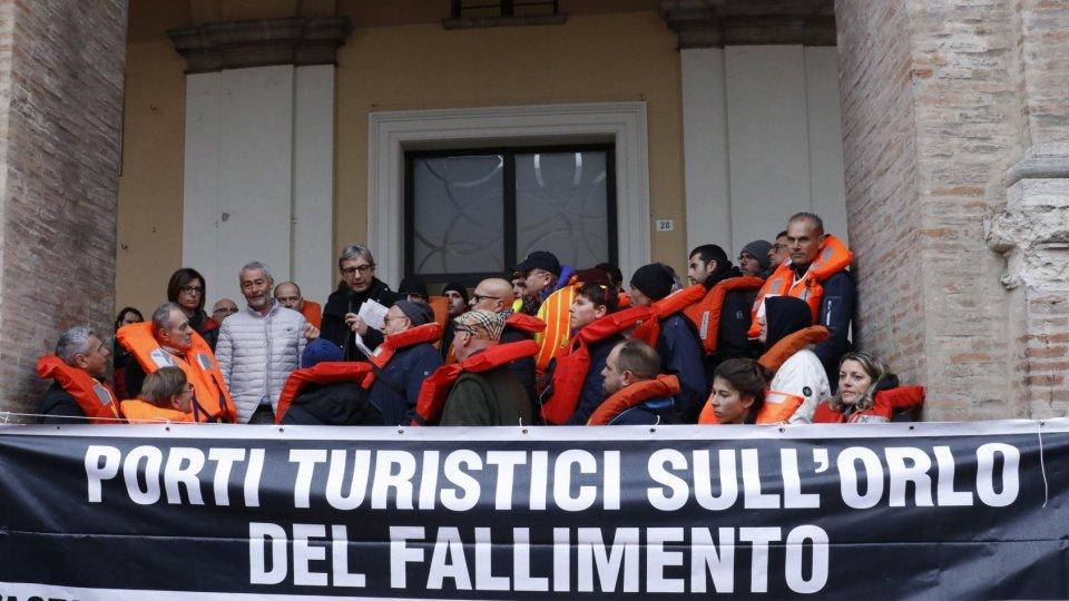 I sindaci Gnassi e Gennari al fianco degli operatori contro l'aumento dei canoni per i porti turistici