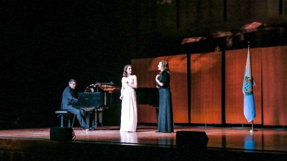 In 400 applaudono la Fondazione Renata Tebaldi a Roma