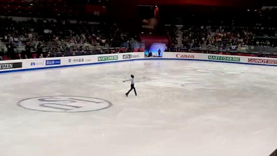 Nel video le immagini dell'esibizione