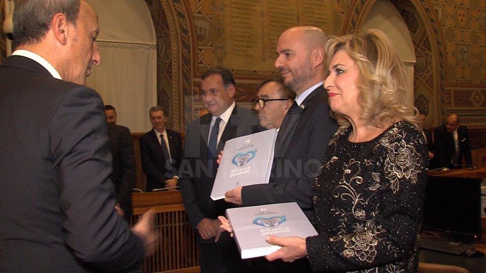 Presentata alla Reggenza la pubblicazione che celebra i 60 anni del Comitato Olimpico sammarinese
