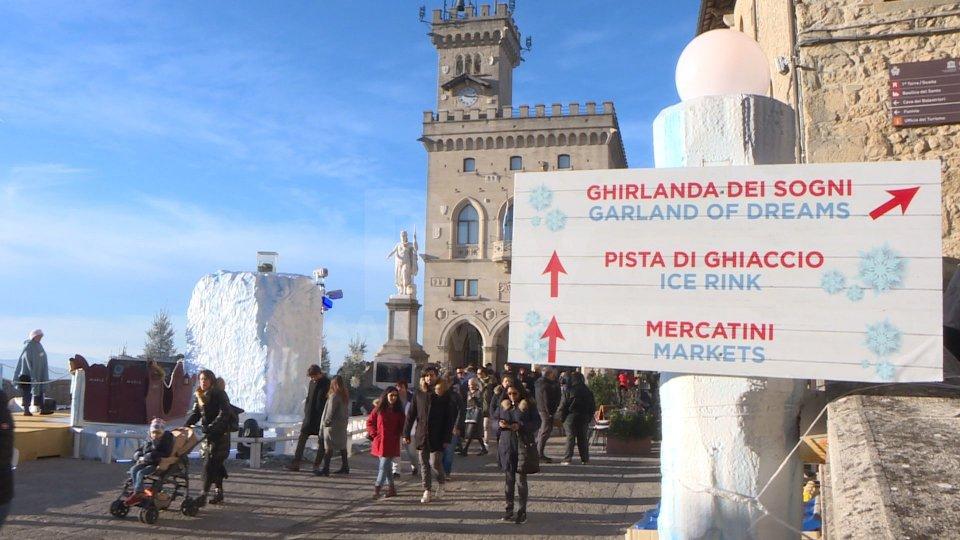 Natale delle Meraviglie: dati positivi sull'affluenza di Santo Stefano, parcheggi pieni e navette