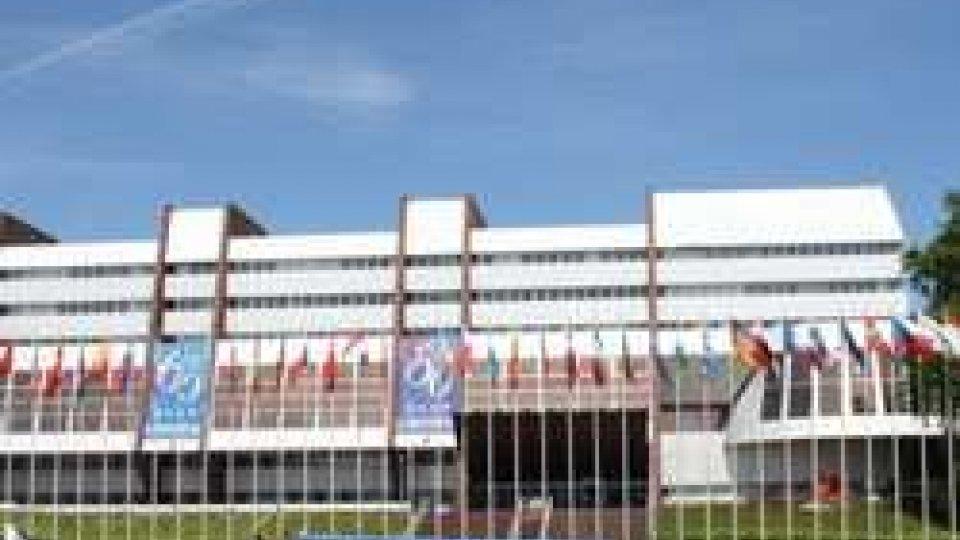 Strasburgo, al centro l'emergenza profughi: in mattinata la votazione delle proposte degli StatiStrasburgo, al centro l'emergenza profughi: in mattinata la votazione delle proposte degli Stati